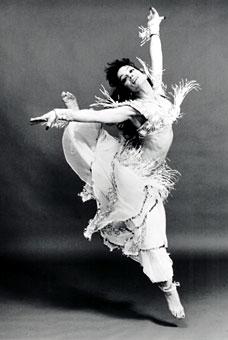 Lake Tahoe belly dancer, Sapphira